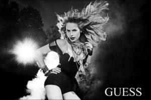 GUESS-CAMPAIGN-Famous PHOTOGRAPHER