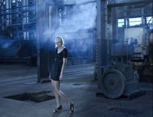 Model-industrial-shoot